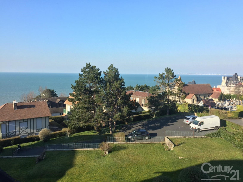 Sale apartment Benerville sur mer 170 000€ - Picture 1