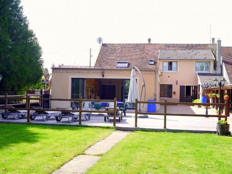 Vente maison / villa Gastins 350000€ - Photo 1