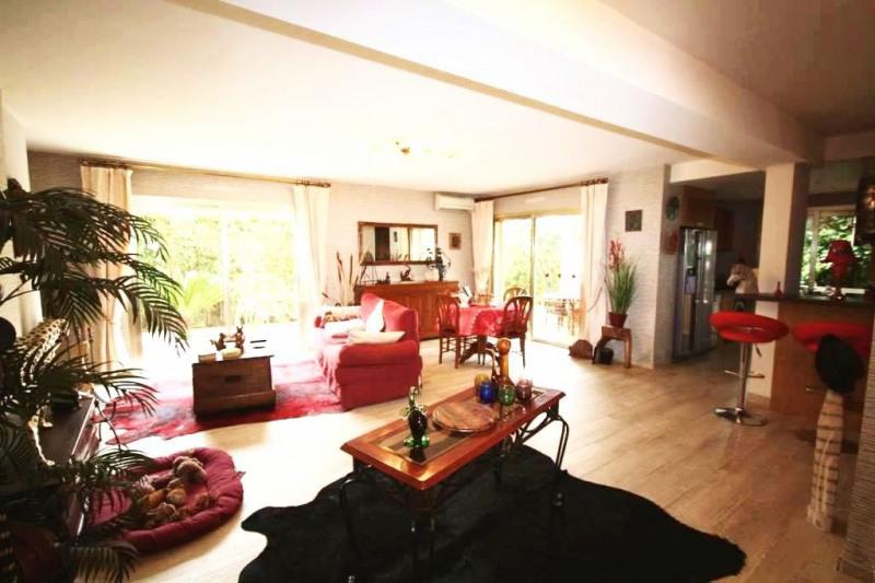 Sale apartment Juan-les-pins 720000€ - Picture 2