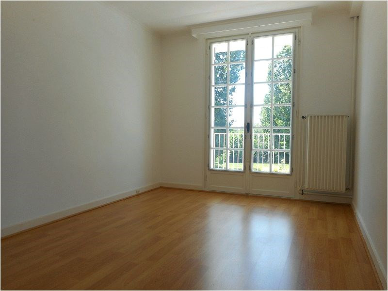 Location appartement Savigny sur orge 949€ CC - Photo 2