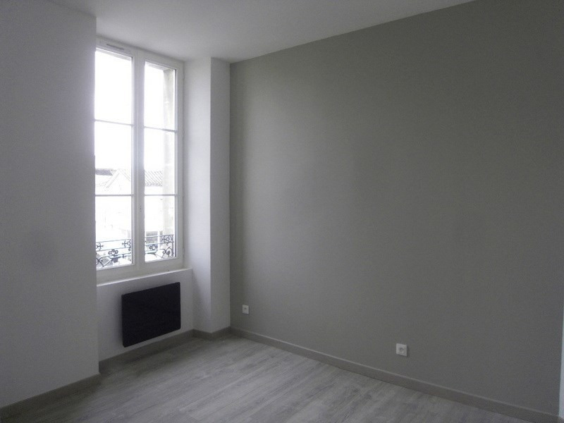 Location appartement Cognac 545€ CC - Photo 5