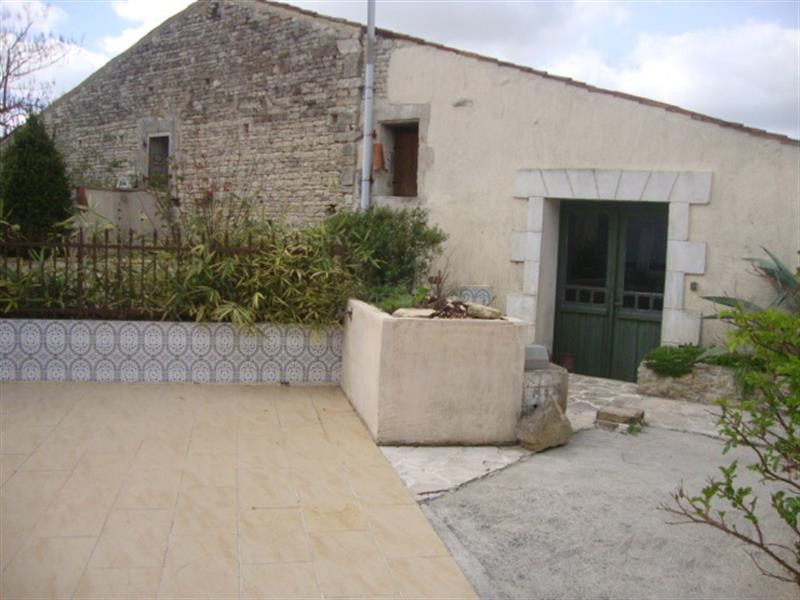 Vente maison / villa Matha 96 300€ - Photo 8