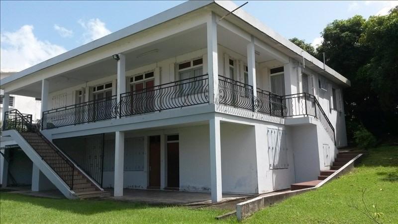 Sale house / villa St claude 280000€ - Picture 1