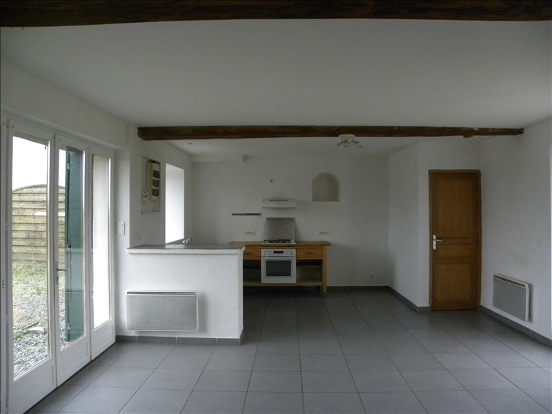 Location maison / villa St palais 560€ CC - Photo 5