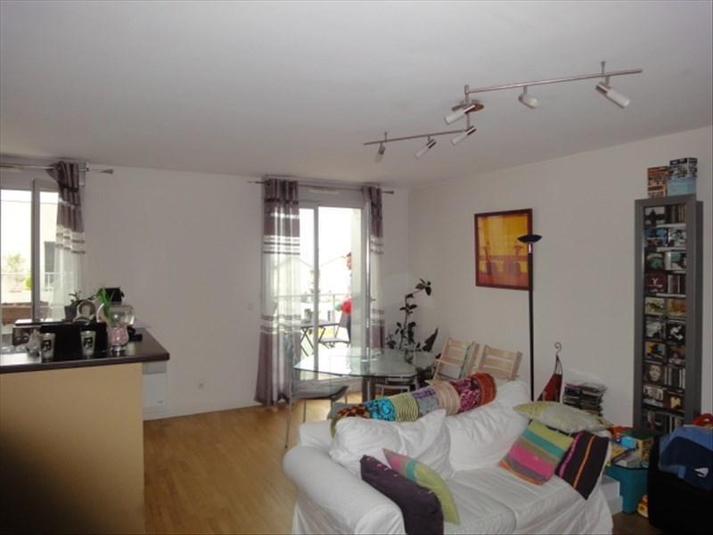 Sale apartment Les lilas 470000€ - Picture 1