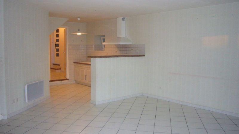Location maison / villa Carlipa 580€ CC - Photo 3