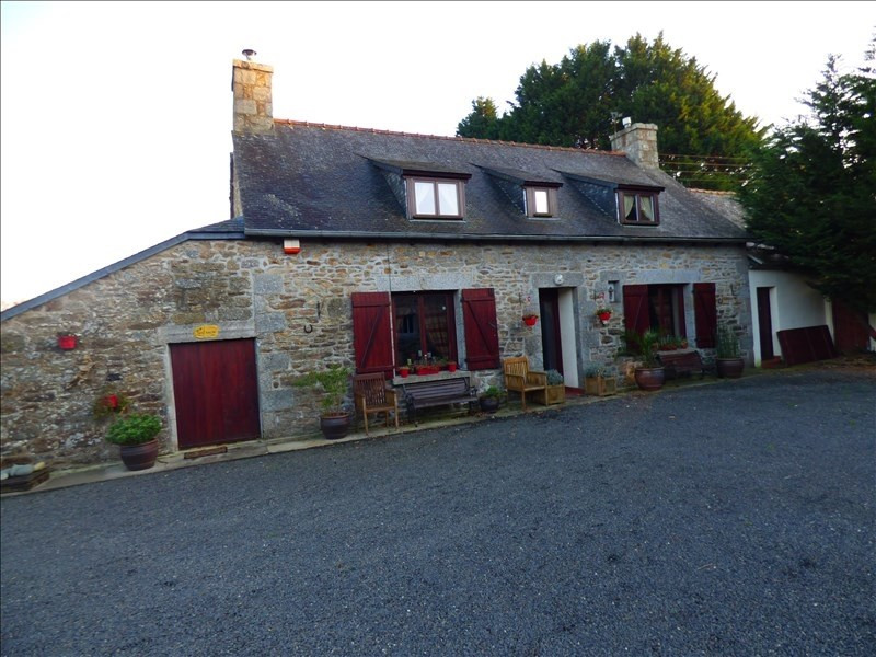 Sale house / villa Begard 240000€ - Picture 1