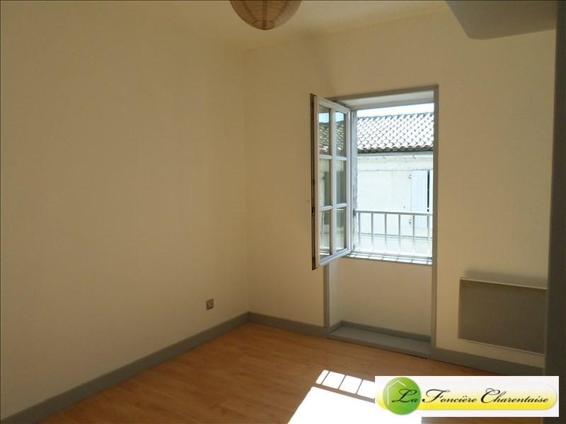 Rental apartment Magnac sur touvre 380€ CC - Picture 2