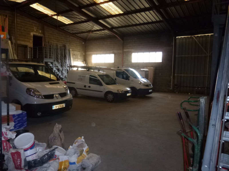 Location local commercial Morieres les avignon 4 000€ HC - Photo 2