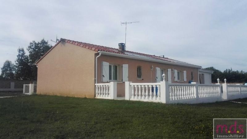 Maison T5 de plain pied, au calme, 2500 m² de terrain