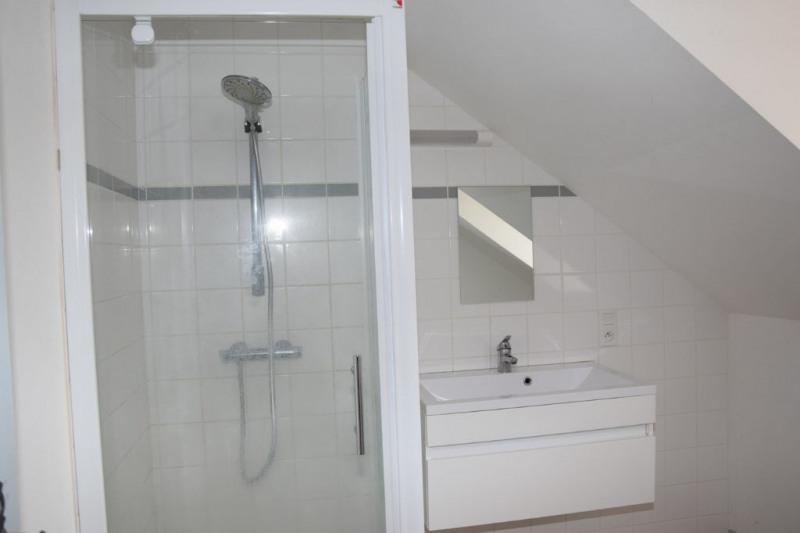 Rental house / villa Echemire 655€ CC - Picture 6