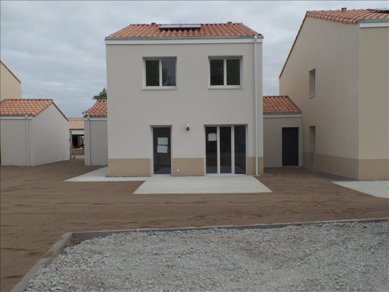 Location maison / villa Basse goulaine 1006€ CC - Photo 1
