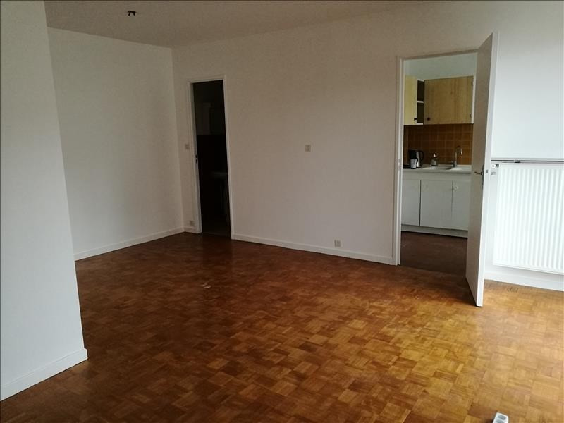 Rental apartment Asnieres sur seine 785€ CC - Picture 1