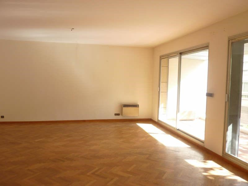 Location appartement Marseille 8ème 1 185€ CC - Photo 2
