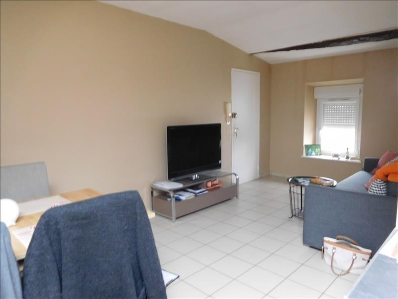 Rental apartment St andre de cubzac 556€ CC - Picture 1