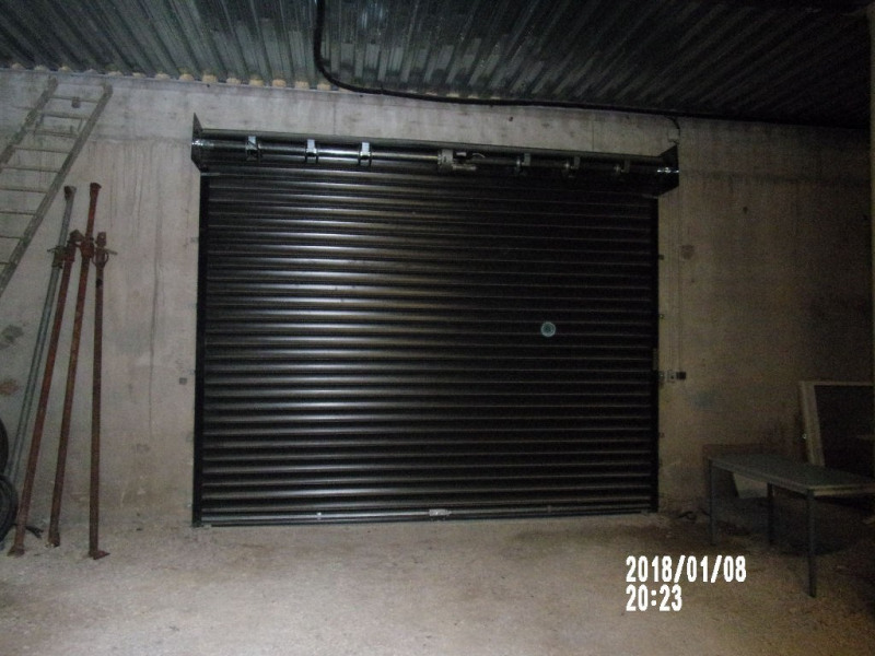 Location local commercial Lambesc 1 500€ HC - Photo 3