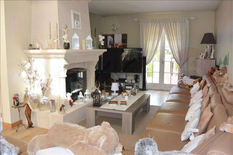 Sale house / villa Livry-gargan 385000€ - Picture 11