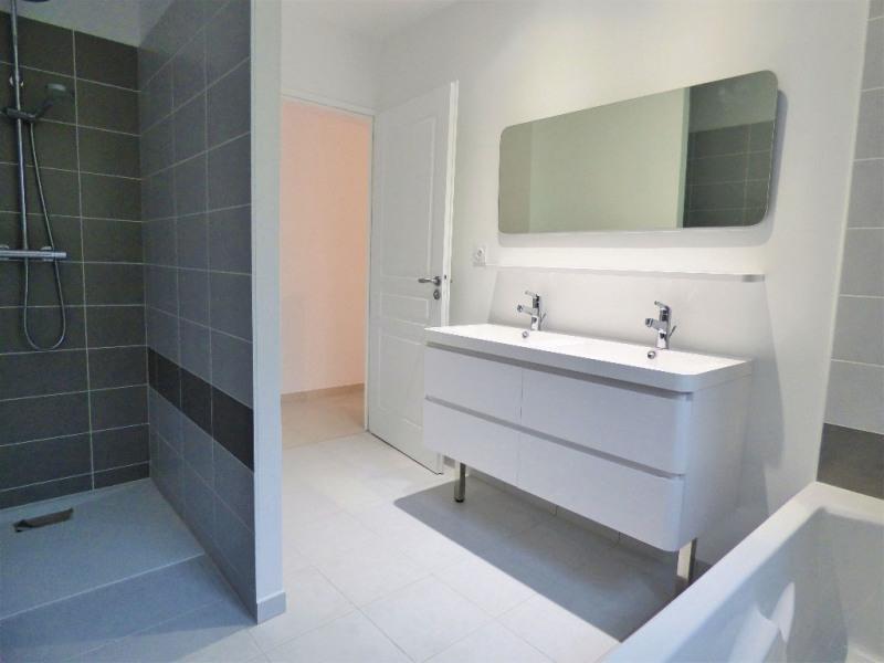 Sale house / villa St loubes 320000€ - Picture 5