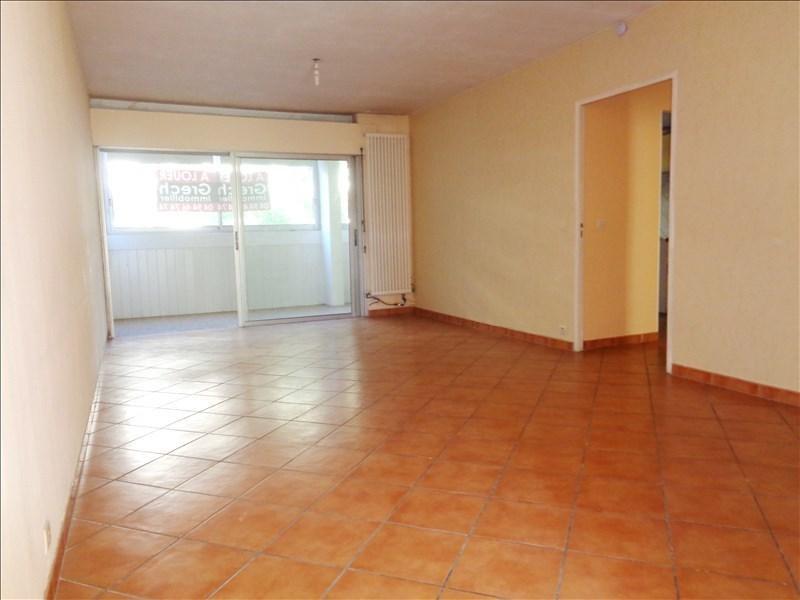 Rental apartment Toulon 850€ CC - Picture 1