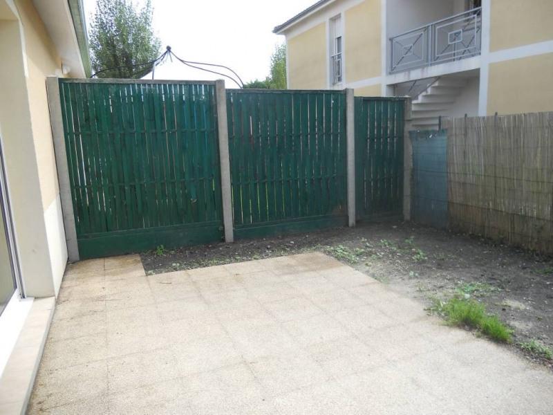 Rental house / villa Saint-andre-de-cubzac 600€ CC - Picture 4