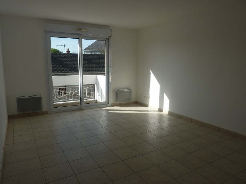 Rental apartment Claye souilly 960€ CC - Picture 2