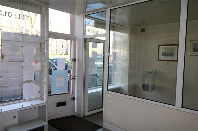 Location local commercial Versailles 35 000€ +CH - Photo 2