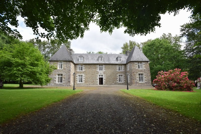 Vente château Moyon 371 000€ - Photo 1