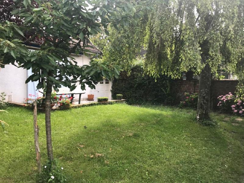 Sale house / villa Taverny 325500€ - Picture 2