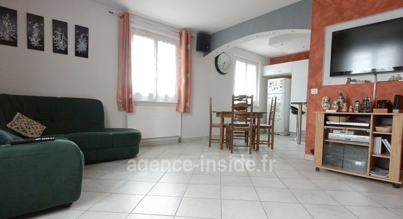Sale apartment Prevessin-moens 440 000€ - Picture 2