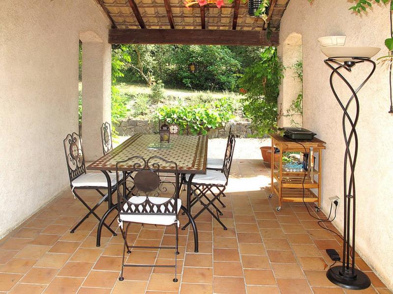 Vente maison / villa Bagnols-en-forêt 590000€ - Photo 6