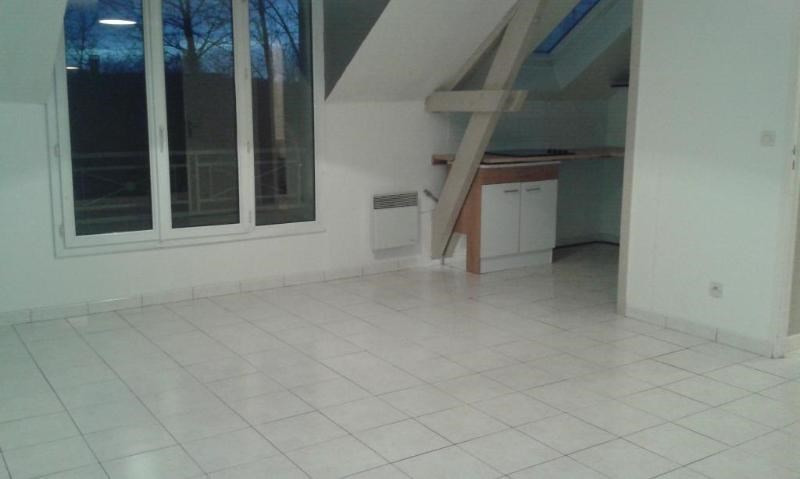 Rental apartment Guermantes 840€ CC - Picture 2