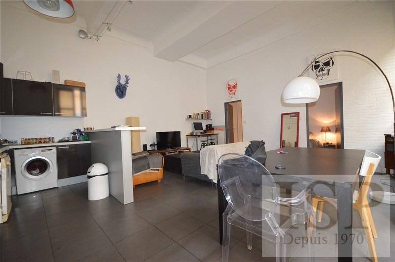 Rental apartment Aix en provence 1021€ CC - Picture 2