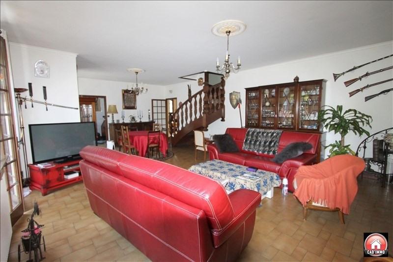 Sale house / villa Bergerac 240000€ - Picture 2