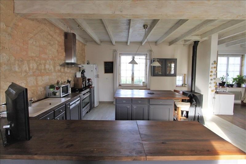 Sale house / villa Baneuil 325000€ - Picture 2