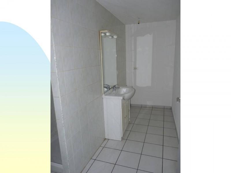 Affitto appartamento Bas-en-basset 400€ CC - Fotografia 6