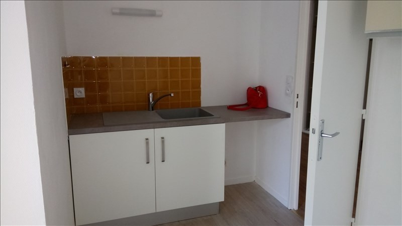 Rental apartment Evry 650€ CC - Picture 2