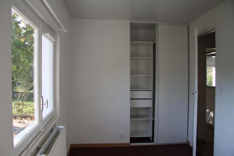 Location maison / villa Bassens 700€ CC - Photo 3