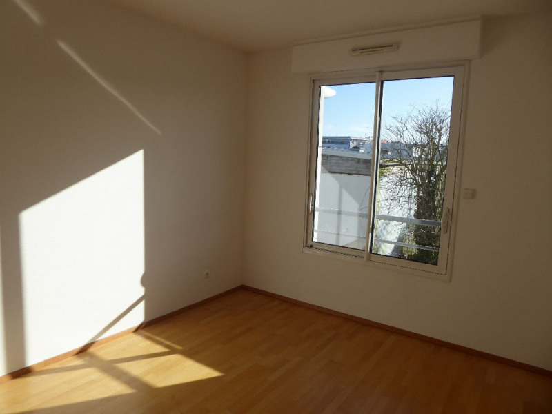 Sale apartment La rochelle 440 496€ - Picture 7