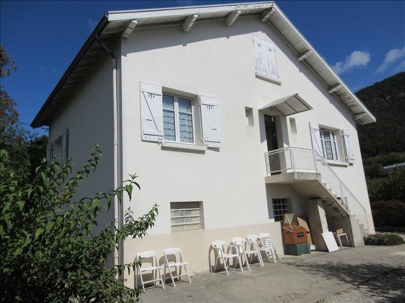 Vente maison / villa Voiron 220000€ - Photo 2