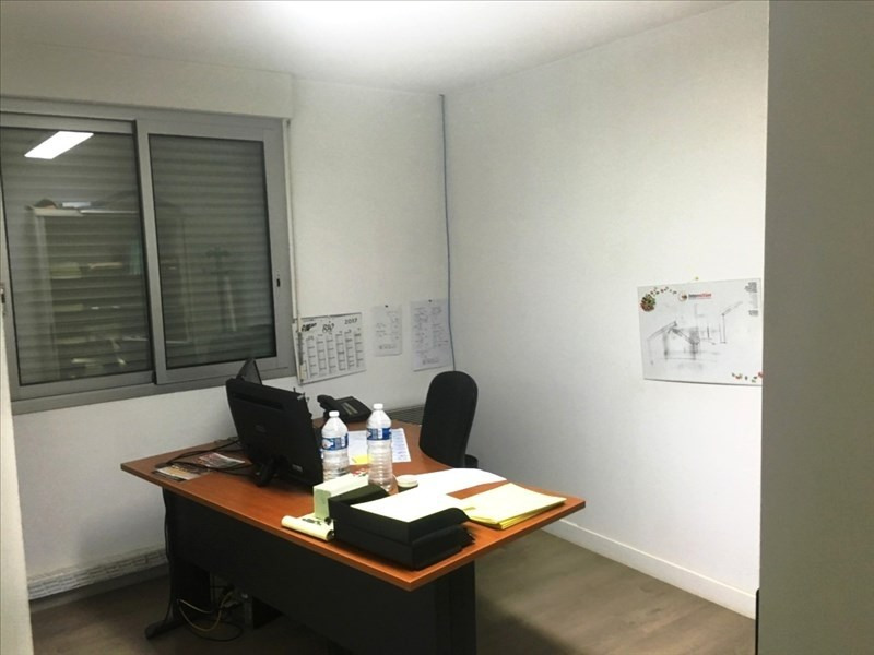 Location local commercial Lecousse 5 100€ HT/HC - Photo 7