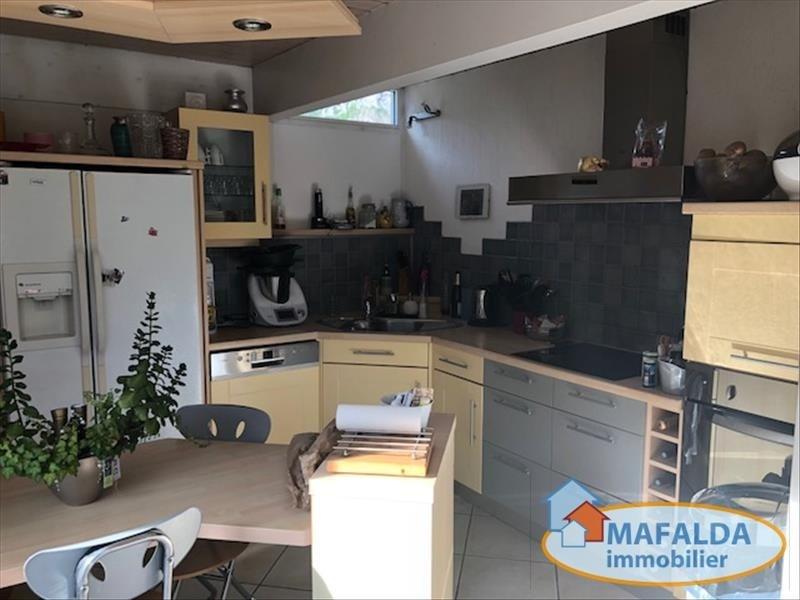 Sale house / villa Magland 370000€ - Picture 1