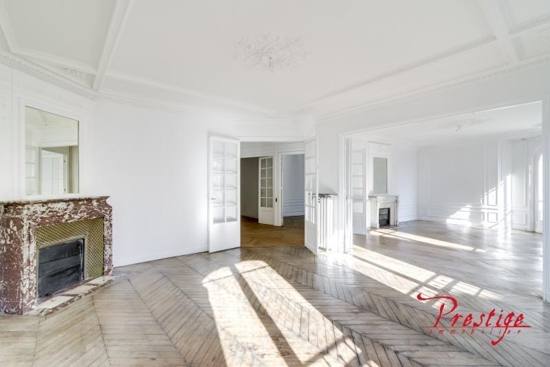 Deluxe sale apartment Paris 18ème 1689000€ - Picture 1
