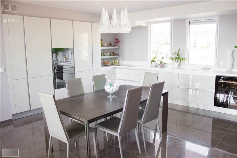 Deluxe sale apartment Carqueiranne 880000€ - Picture 6