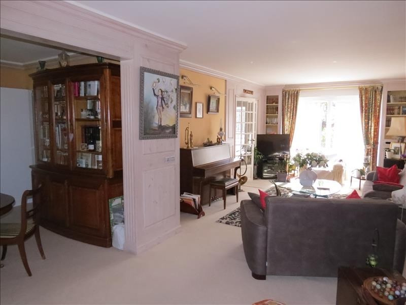 Vente maison / villa Beauchamp 440000€ - Photo 2