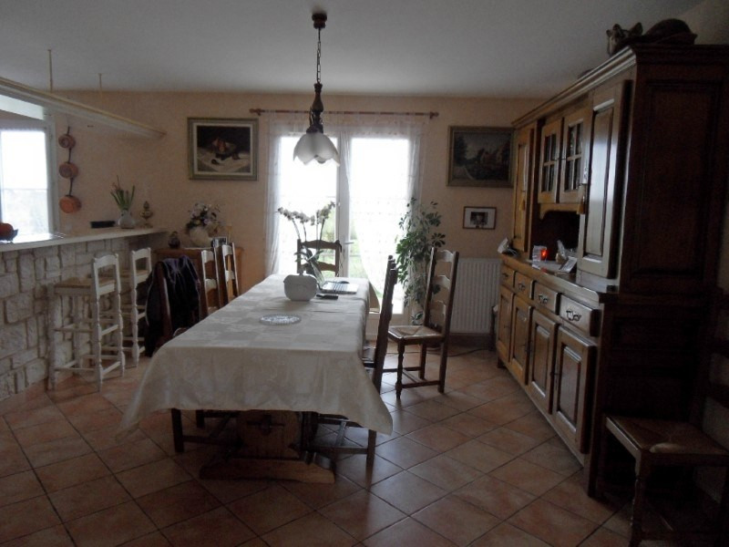 Sale house / villa Cognac 256 800€ - Picture 2