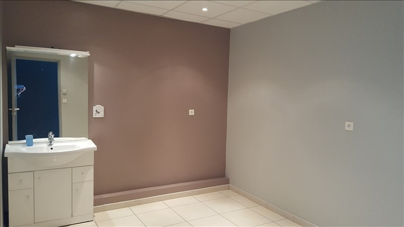 Rental empty room/storage Ste foy d aigrefeuille 1 200€ HT/HC - Picture 3