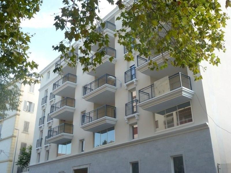 Location appartement Toulon 590€ CC - Photo 1