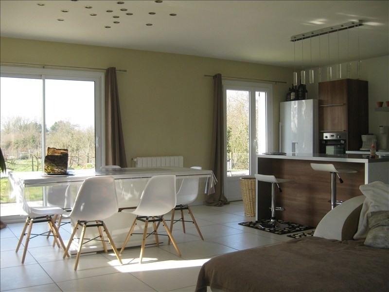 Sale house / villa Guernes 270000€ - Picture 1