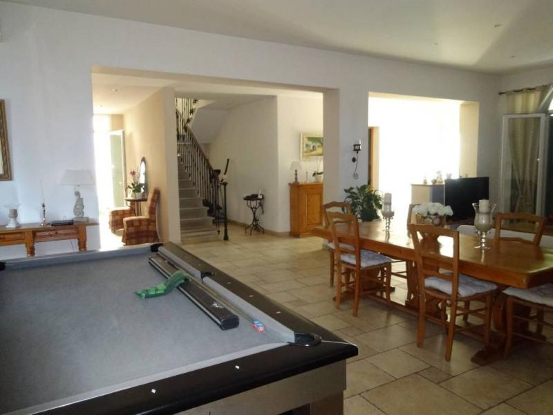 Rental house / villa Rognonas 1700€ CC - Picture 1