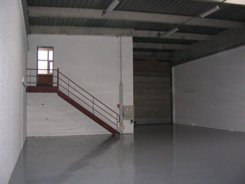 Location local commercial Villepinte 2844,24€ HT/HC - Photo 2